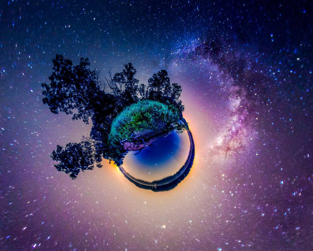 Vincent Brady: Planetary Panoramas