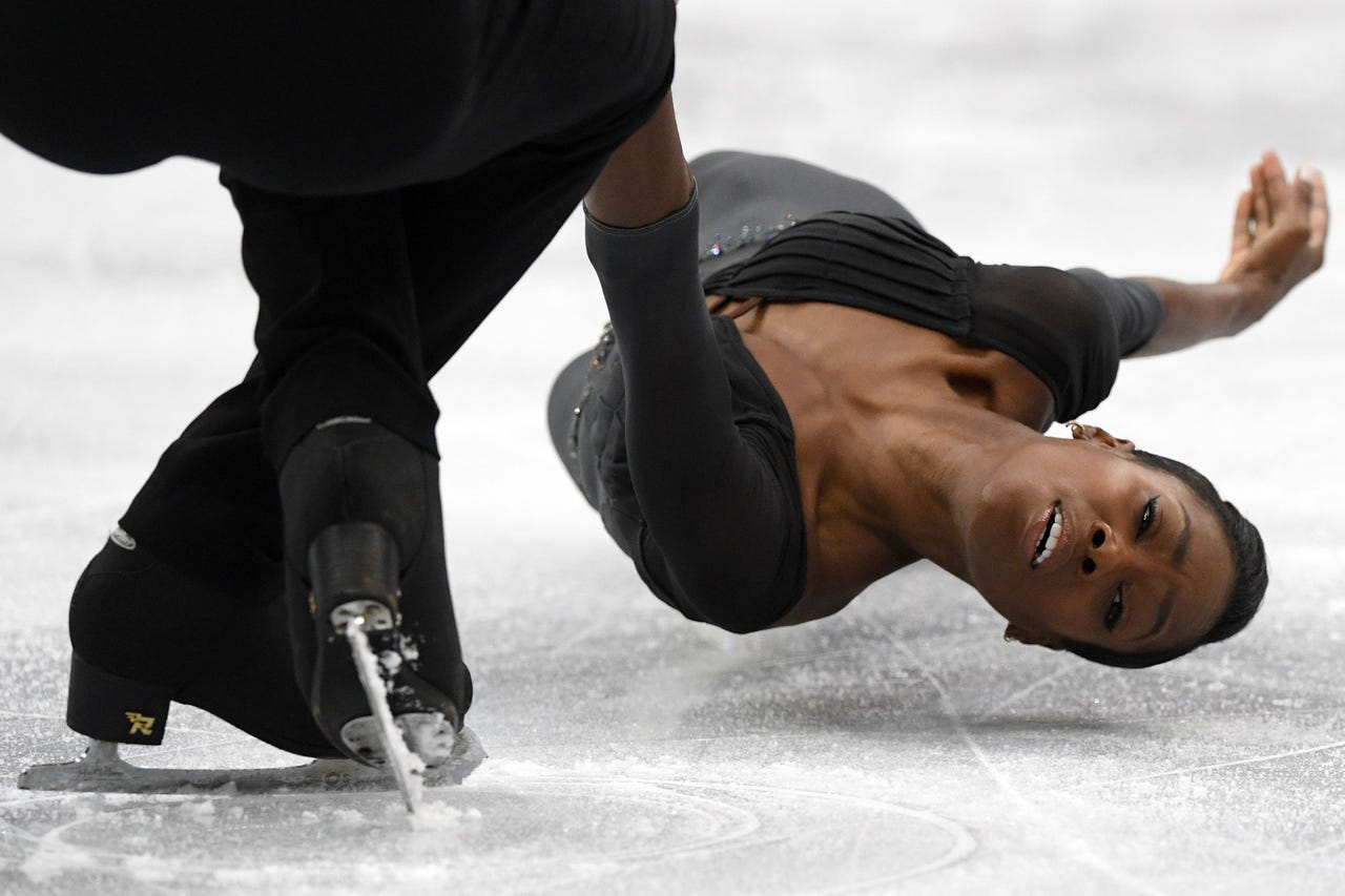 2019-01-24: France's Vanessa James and Morgan Cipres perform in the pairs' free skating event at the ISU European Figure Skating Championships in Minsk on Jan. 24, 2019
