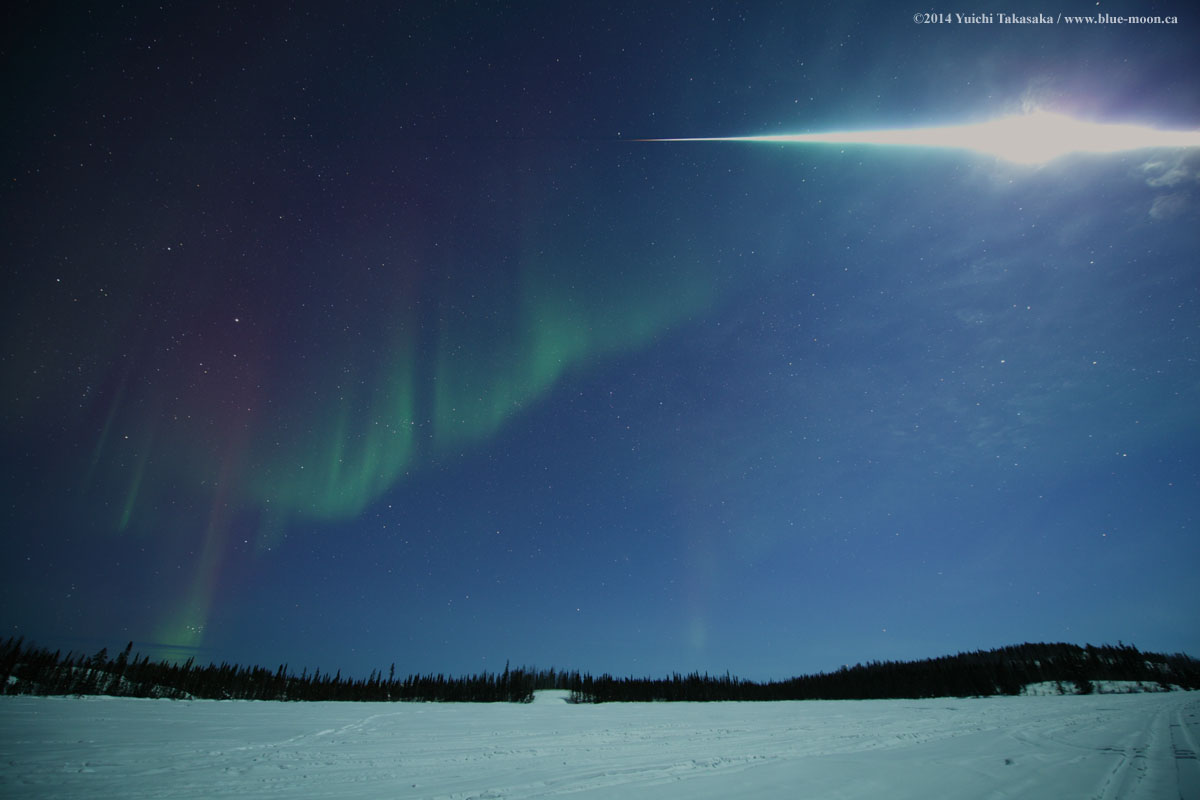 Fireball & Auroras, Taken by Yuichi Takasaka on March 6, 2014 @ Vee Lake, Yellowknife, Northwest Territories, Canada